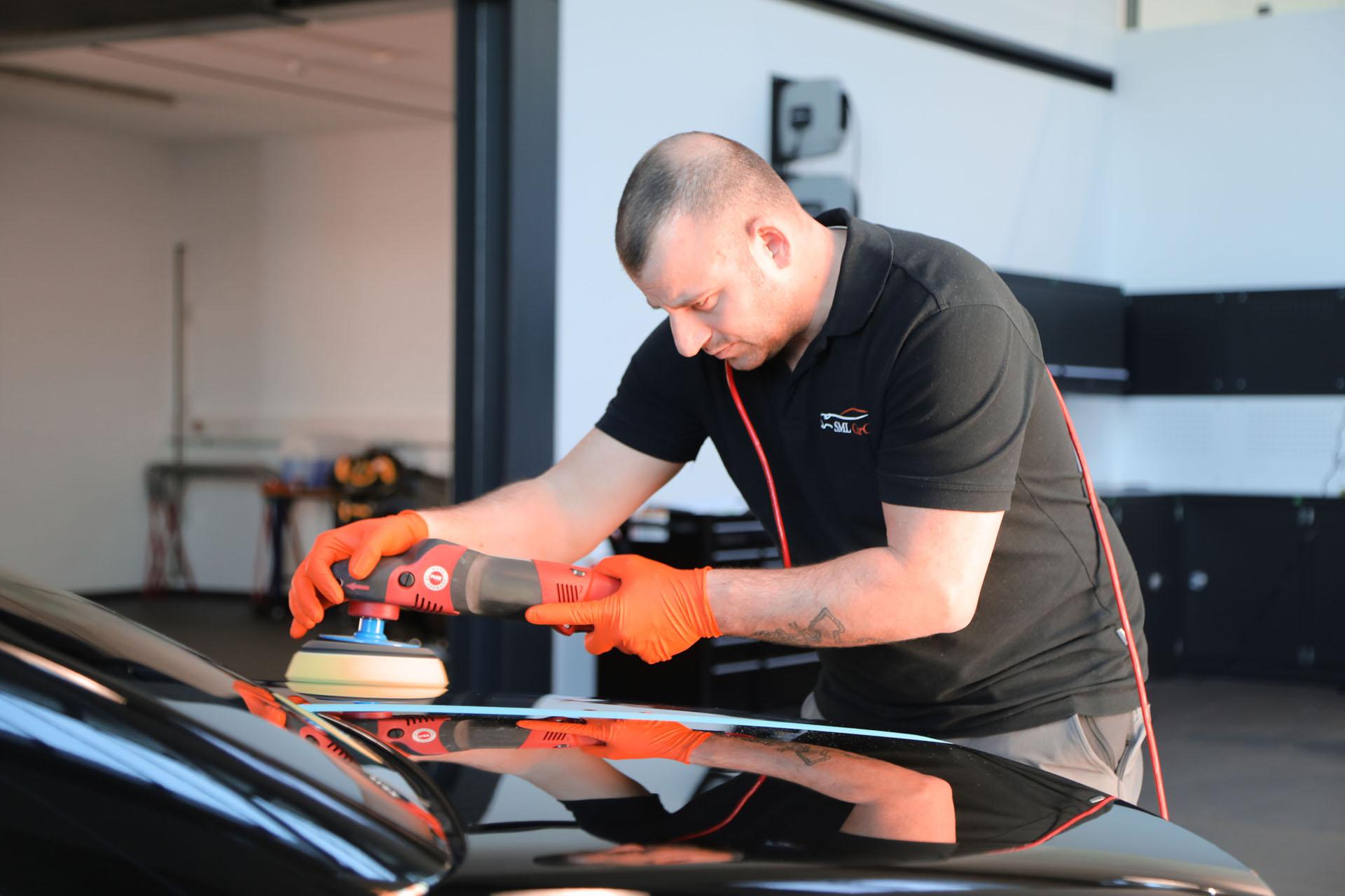 Aufbereitung Oldtimer Youngtimer Sportwagen Fahrzeugaufbereitung Polieren Lackpolitur