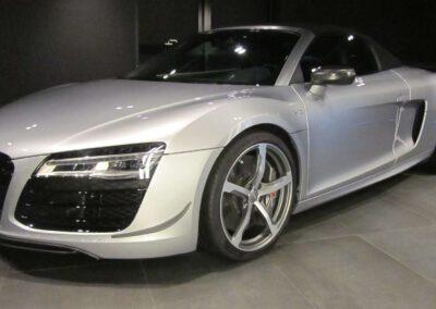 Autohandel Verkauf Kaufen Luxussportwagen Sportwagen Oldtimer Audi R8