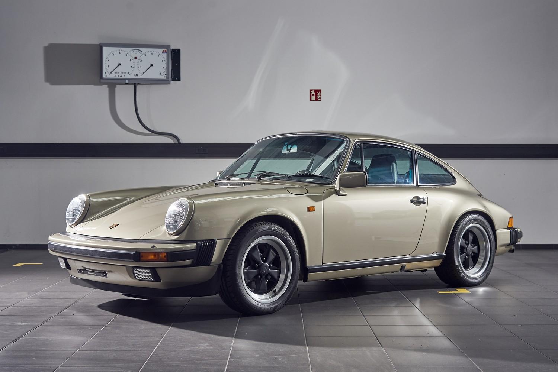 Porsche 911 Carrera 3.2 G-Modell